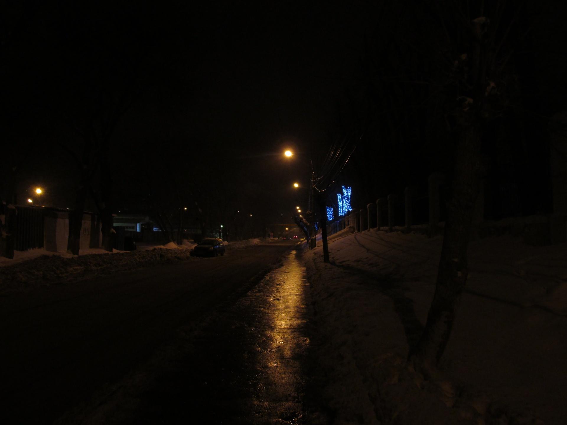 Главная улица посёлка