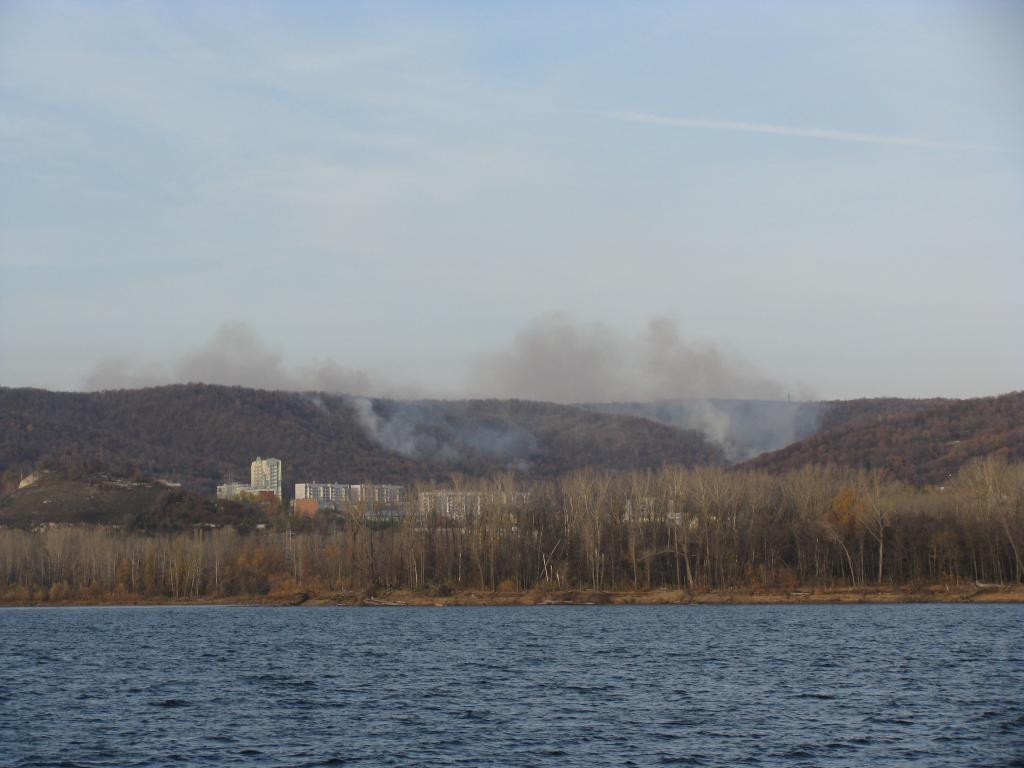 Пожар в лесу. 18 Октября 2009 года, 18:22.